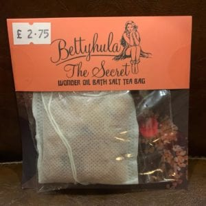 Betty Hula Secret Wonder Oil Bath Salts Tea Bag