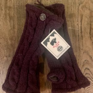 Black Yak Wrist Warmer Plain (Plum)
