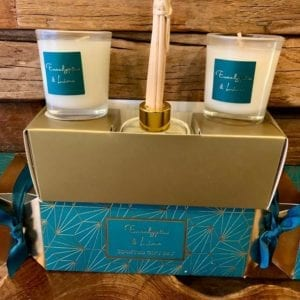 Stoneglow Eucalyptus & Lime Scented Cracker Gift Set