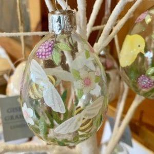 Gisela Graham Hanging Glass Easter Egg – Bee